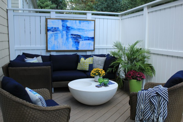 A relaxing and comfortable outdoor space.</br>(McLean, VA)