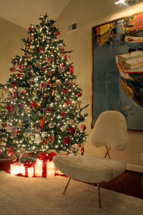 Deck the Halls:  12 Tips for Holiday Style